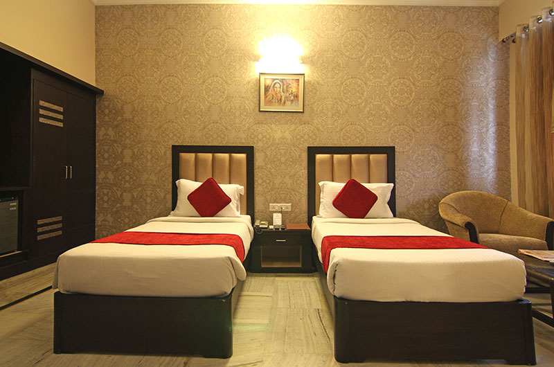 Le Grand Hotel Haridwar - Deluxe Rooms View 4