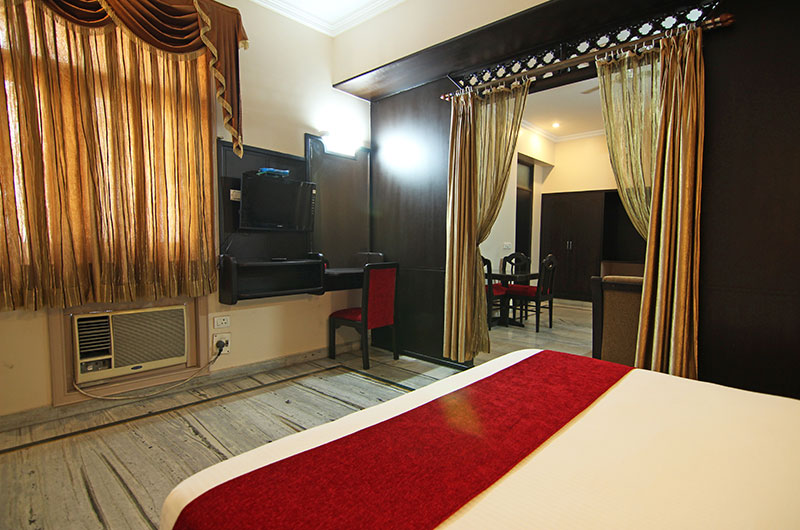 Le Grand Hotel Haridwar - Executive Suite Room2
