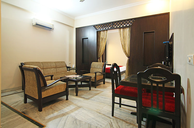 Le Grand Hotel Haridwar - Executive Suite Room3