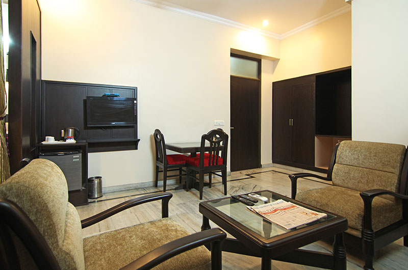 Le Grand Hotel Haridwar - Executive Suite Room4